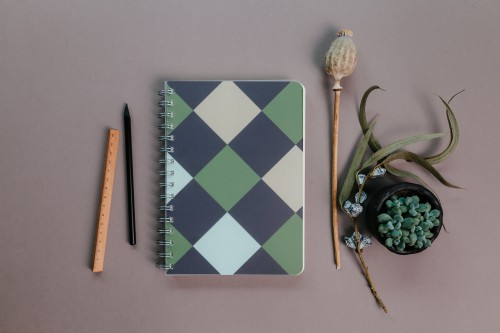 2021 weekly planner SQUARE PATTERN